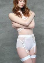 White bondage gartersFlash You And Me