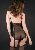 Secret naked breasts bodyChambre des SecretsMaison Close